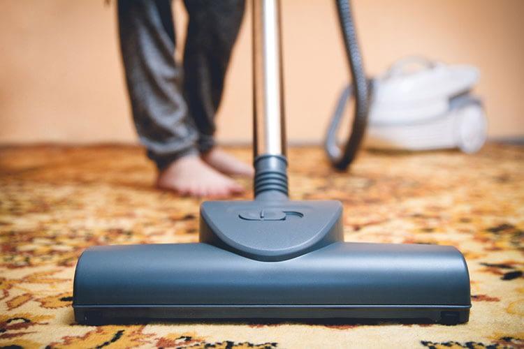 Come pulire i tappeti a casa