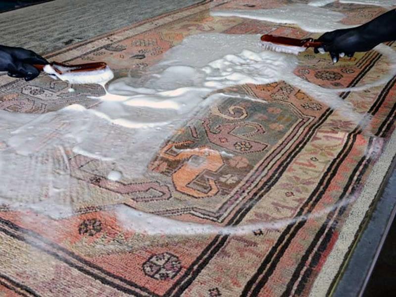 Lavaggio tappeto ad acqua