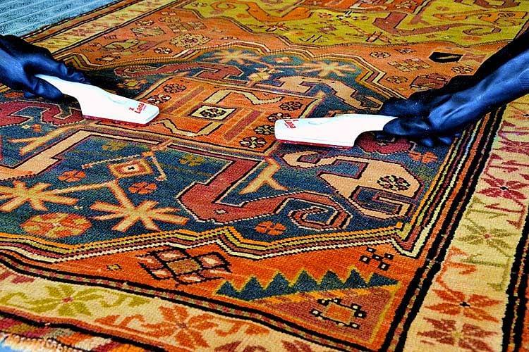Restauro tappeto tecnica di rasatura del vello